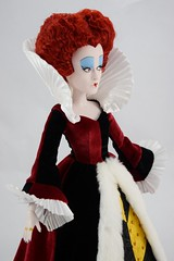 Iracebeth the Red Queen In the Queen of Hearts' Gown - Midrange Left Front View (drj1828) Tags: us disneystore ebay purchase limitededition 17inch doll posable collectible iracebeth alicethroughthelookingglass liveactionfilm theredqueen le4000 swappingoutfits undressed deboxed boxed queenofhearts aliceinwonderland le500