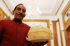 Size Matters (Mayank Austen Soofi) Tags: delhi walla size matetrs kwality connaught place food