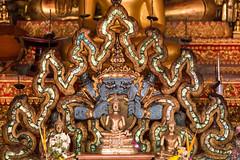Croqueur de Bouddha (Ye-Zu) Tags: temple bouddha thailande lampang worldtour