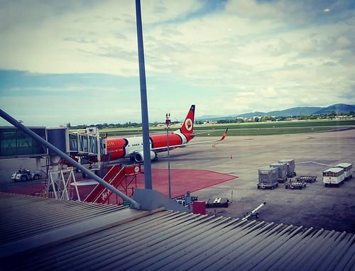 Hi..Chiang Mai..First Try With This Nok Air~!! #nokair #bird #cute #airline #chiangmai #鸟航 #清迈 #机场