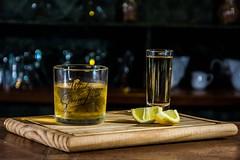 Para la sed (mauricio frijol) Tags: mexico tequila tequilamexico calor interior alcohol yn560iii sesion flash wisky tragos photo nikonphoto d7100 nikon