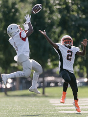The winning catch (Q Win) Tags: outdoor widereceiver catch ball american football