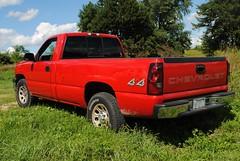 2006 Chevy Silverado 4x4 (Cragin Spring) Tags: il illinois pickup pickuptruck red chevy silverado chevysilverado chevrolet 2006 2006chevysilverado usa unitedstates 4x4 truck rural vehicle