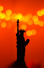 Statue of Liberty - Vive la libert (_Hrushi) Tags: statue liberty bokeh silhouette new york island vive la libert manhattan f18