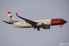 Norwegian Air Shuttle --- Boeing 737-800 --- LN-NIB (Drinu C) Tags: plane aircraft aviation sony boeing dsc 737 mla 737800 norwegianairshuttle lmml hx100v lnnib adrianciliaphotography