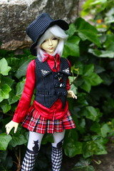 a visit to China (Aria Wings) Tags: china garden doll moe bjd msd dollmore grtenderwelt dollzone