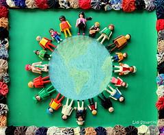DESAFIO DA SEMANA: Fotografe a DIVERSIDADE - 06 a 12/06 (*Lidi*) Tags: terra mapa playmobil mundi globo diversidade