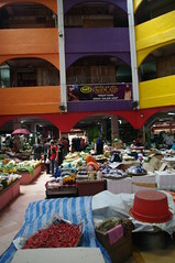 Market, Kota Bharu, Malaysia (ARNAUD_Z_VOYAGE) Tags: street city car architecture landscape asia market south capital border north east part national thai malaysia federal kota malay territory northeastern kelantan peninsular bharu