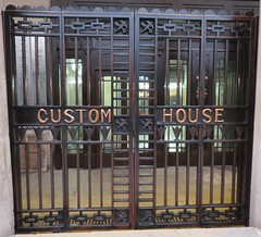Custom House Detail (Shanghai, China) (courthouselover) Tags: china  peoplesrepublicofchina  shanghaishi  shanghai  thebund  customhouses huangpudistrict huangpu