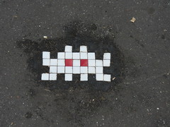 Space Invader PA_286 (tofz4u) Tags: 75018 paris streetart artderue invader spaceinvader spaceinvaders mosaque mosaic tile reactivated restaur pa286 sol trottoir ground pavement sidewalk blanc white redeyes