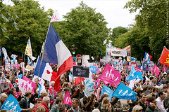 Manifestation contre le Mariage pour Tous, 2014. IMG130526_014_©_S.D-S.I.P_FR_JPG Compression 700x467 (Sébastien Duhamel) Tags: wedding copyright news paris france french europa europe european photographer wordpress newmedia eu agency canon5d press information fr politique francia ump fn prensa fra manifestation fotografo photojournalist informacion photographe presse fotoperiodista flickrsbest frenchphotographer fotoreportero photojournaliste golddragon ultimateshot flickrdiamond flickriver thebestofday rubyphotographer flickrlovers photographefrançais mariagegay médiapart flickroom flickrhivemindgroup reporterphoto fotografofrancés mariagepourtous manifpourtous manifestationantimariagegay antimariage bygmalion journalistephoto lesrépublicains