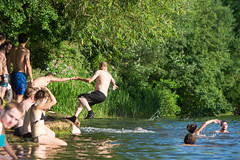 Man falling into River Avon after being pushed, with swimmers (Ian Redding) Tags: uk summer people sun lake playing man hot nature water sunshine weather swim river outdoors bath july somerset games falling british pushed splash crowds pushing riveravon hottestday hundreds warleighweir