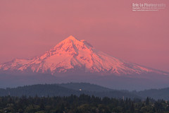 mount hood (Eric 5D Mark III) Tags: pink light sunset red usa mountain snow oregon canon portland landscape photography unitedstates sony telephoto mounthood ericlo metabones ef100400mmf45f56lisiiusm 100400l2 a7r2 ilce7rm2 efnexsmartadapter