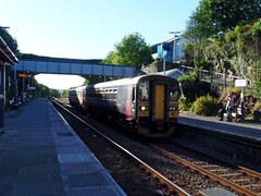 153369 & 153325 Liskeard (1) (Marky7890) Tags: fgw gwr 153369 class153 supersprinter dmu 2p78 liskeard railway station cornwall train 153325