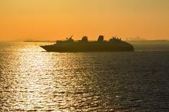 Crucero en Miami (Marcos Lozadam63) Tags: cruice crucero usa miami puestadesol sunset ocano oceana atlantic atlntico