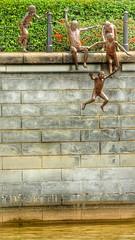 Fun at the river (tomquah) Tags: sculpture bronze canon fun arts hdr singaporeriver ef400mm