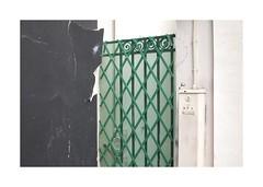 .. (lux fecit) Tags: paris walls green corner