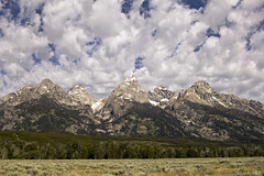 Grand Tetons from highway (nicoangleys) Tags: tetons grandtetonsnp nationalpark wyoming jacksonhole schwabacherslanding