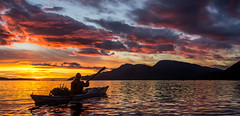 Sunset kayaking, catching up with the rest (Snemann) Tags: kayaking kayaker seakayaking padling pentaxk5 pentaxda21mmf32allimited justpentax august atsea coastlines colours sunset daysoutandabout outdoors nature tromsø norway troms kayak