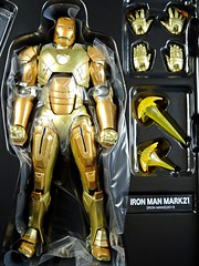 Kaiyodo  Sci-Fi Revoltech  Series No. 052  Iron Man 3  Iron Man Mark XXI  Midas  Close Up (My Toy Museum) Tags: kaiyodo revoltech sci fi iron man mark mk 21 xxi midas action figure