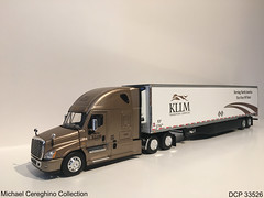 Diecast replica of KLLM Freightliner Cascadia Evolution, DCP 33526 (Michael Cereghino (Avsfan118)) Tags: kllm transportation service services transport freightliner cascadia evo evolution model diecast die cast promotions promotion dcp 33526 164 scale replica toy semi truck