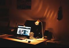 (Robert Ugroci) Tags: indoor fujicolor c200 fujifilm color kinofilm filmisnotdead filmisthebest farebn film praktica ltl3 ddr made deutschland camera 35mm helios 442 582 good light flexaret v computer flickr lampa lamp experiment young photographer mlad fotograf analog ilovefilm
