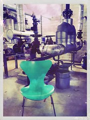 Mint Chair In Machine Room (Casey Hugelfink) Tags: chair mint machine machineroom heizungskeller stuhl technik tubes rohre design trkis turquoise chaise cool hot