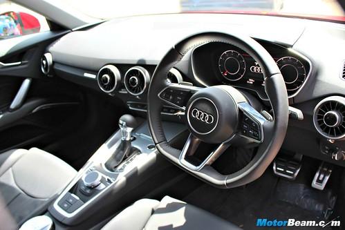 2015-Audi-Sportscar-Experience-11