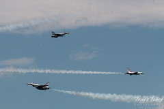 Air Force Thunderbirds converge on show center