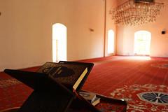 sa Bey Camii'nden.. / from sa Bey Mosque (photographerofearth) Tags: quran kuran camii mosque seluk izmir 1200d