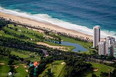 Verde x Azul (Marciobien) Tags: blue brazil green praia beach nature rio brasil riodejaneiro lago eos rj natureza paisagem 7d turismo predios 24105mm canon24105f4 destinos 24105mmf4 duetos canoneos7d 7dcanon marciobianchi marciobien
