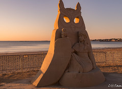Photo 1-2 (Sam 8899) Tags: sand sculpture beach sunrise morning light sky sea color