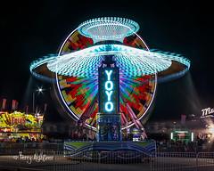 YoYo Hugs Giant Wheel - Salem Fair Deggeller Attractions (Terry Aldhizer) Tags: salem fair deggeller midway attractions yoyo giant wheel night long exposure virginia terry aldhizer wwwterryaldhizercom