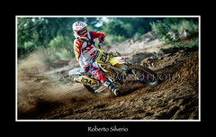 fb234SP270698 (Roberto Silverio) Tags: cross action dust olympuscamera zuikolens opensport robertosilveriophto sun suzuky love sporttherapy motocrossterapy arenacross