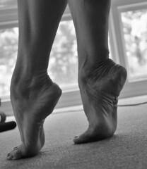 _DSC0029jj (ARDENT PHOTOGRAPHER) Tags: calves muscular female woman flexing skinny mature milf gilf highheels tiptoe