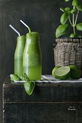 Limonada con albahaca (Ivannia E) Tags: limonada albahaca basil lemons lemonade beverage bebida smoothie stilllife healthtydrink alimentos verde green