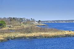 Big Houses on Peaches Point (AntyDiluvian) Tags: park boston marblehead massachusetts northshore fortsewall peachespoint