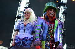 mad t party. (Simply Mad Photography) Tags: party t alice diamond caterpillar mad dca madhatter aliceinwonderland californiaadventure cheshirecat mtp dormouse marchhare madtpartyband diamondmadtparty