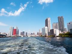 Happy weekend (Ted Tsang) Tags: travel bridge sea sky japan skyline clouds river landscape tokyo boat ship cityscape olympus tsukiji   odaiba sumidagawa sumida  kachidoki minato em1   skytree   suijobus  1240mmf28