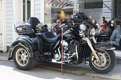 Harley Trike (Sturlaz) Tags: bergen nikon d700 summer outdoor harleydavidson trike