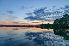 Abends ber dem Kanal (G_Albrecht) Tags: season see abend wasser sonnenuntergang sundown sommer jahreszeit landschaft sonne wetter umwelt sonnenschein binnensee tageszeit