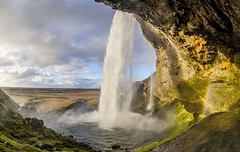 Iceland. (Ferpromo.) Tags: paisaje travel sky landscape adventure trip travelling outdoor clouds colours natura nikkor love photography paisajem picture iceland
