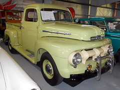 1951 Ford F-2 (splattergraphics) Tags: 1951 ford f2 pickup truck museum aacamuseum antiqueautomobileclubofamerica hersheypa