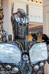 2016-07-24-SDCC-21 (Robert T Photography) Tags: roberttorres robertt robert roberttphotography serrota serrotatauren canon sandiego sandiegoconventioncenter sdcc sdcc2016 cci comicconinternational sandiegocomiccon sandiegocomiccon2016 cosplay transformers metalsculpture optimusprime