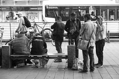 Hamburg  Mitte. Mnckebergstrasse (fipixx) Tags: alltag gesellschaft lebenswelt menschen leute strasse strassen strassenleben strassenszene outdoor everyday leisure living environment humans people street road streetscene urban urbanarte hamburg