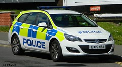Leicester Police Vauxhall Astra - BX15 NZJ (J.J.Pay 8581) Tags: uk leicestershire leicester cop constabulary bx15nzj
