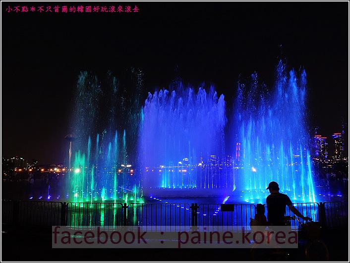 首爾纛島公園音樂噴泉 (40).JPG