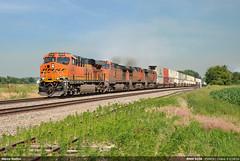 BNSF #8338 (Marco Stellini) Tags: bnsf railroad railways us illinois es44c4 generale electric gevo