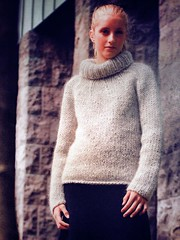 Blonde sexy teen -  in mohair rollneck (Mytwist) Tags: wool woolfetish fetish fisherman female wolle sweatergirl sweater stylish style fashion handgestrickt handknitted handcraft heavy heritage passion pulli webfound mytwist fair fuzzy craft cozy classic lady laine turtleneck rollneck