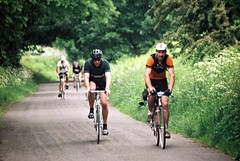Eroica Britannia 2016 coming up from Dethick (the.photo.joe) Tags: eroica britannia bakewell dethick raleigh racing bike racer fim vintage 35mm film canon leica digitial